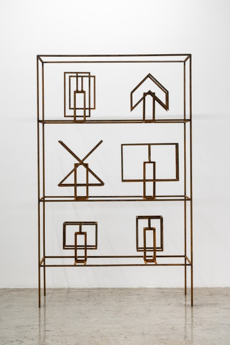 Raul Mourão Mockups shelf Valendo # 04, 2019 corten steel 180 x 110 x 40 cm / 70.9 x 43.3...