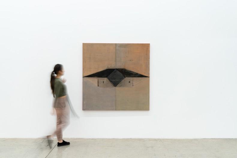 Karin Lambrecht Futuro, passado/Future, past, 1990 pigmentos em meio acrílico, cinzas e carvão sobre tela pigments in acrylic medium, ashes and charcoal on canvas 151 x 150,6 x 4 cm 59.4 x 59.3 x 1.6 in