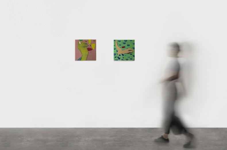 Cristina Canale [esquerda / left] Muxoxo, 2020 tinta óleo sobre tela / oil paint on canvas 30 x 30 cm...