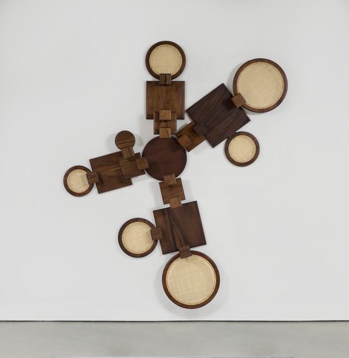 Marco A. Castillo Ana # 02, 2020 madeira e vime 242,4 x 211,4 x 13 cm