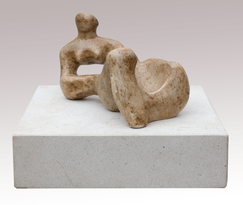 <span class=%22title%22>Maquette for 'Recumbent Figure'<span class=%22title_comma%22>, </span></span><span class=%22year%22>1938</span>