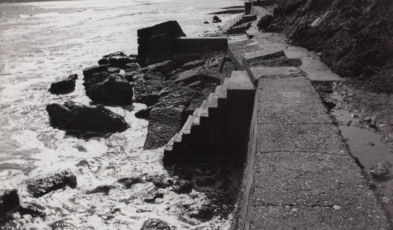 Paul Nash, A Private World, 1978