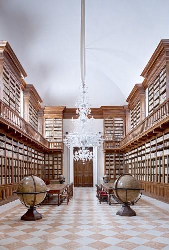 <div class=&#34;artist&#34;><strong>Candida Höfer</strong></div> (b. 1944) <div class=&#34;title&#34;><em>Biblioteca Teresiana Mantova III 2010</em></div> <div class=&#34;medium&#34;>C-print</div> <div class=&#34;dimensions&#34;>180 x 135 cm; (70 7/8 x 53 1/8 in.)</div> <div class=&#34;edition_details&#34;>Edition of 6</div>