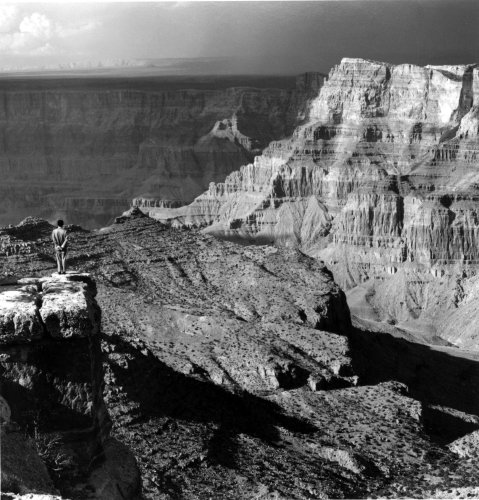 <div class=&#34;artist&#34;><strong>Tseng Kwong Chi</strong></div> (1950 - 1990) <div class=&#34;title&#34;><em>Grand Canyon, Arizona (Vista with Shadow)</em>, 1987</div> <div class=&#34;medium&#34;>Silver gelatin print</div> <div class=&#34;dimensions&#34;>91.44 x 91.44 cm; (36 x 36 in.)</div> <div class=&#34;edition_details&#34;>Edition of 9 + 2 AP</div>
