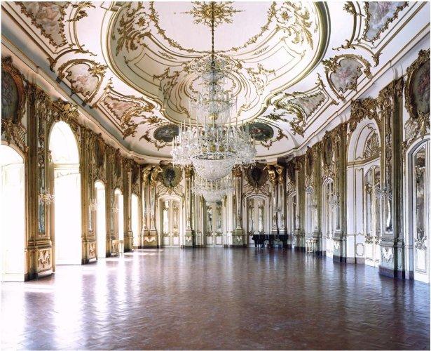 <div class=&#34;artist&#34;><strong>Candida Höfer</strong></div> (b. 1944) <div class=&#34;title&#34;><em>Palacio Nacional de Queluz III 2006</em></div> <div class=&#34;medium&#34;>C-print</div> <div class=&#34;dimensions&#34;>200 x 242 cm; (78 3/4 x 95 1/4 in.)</div> <div class=&#34;edition_details&#34;>Edition of 6 (#3/6)</div>