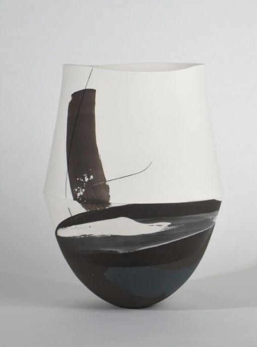 Hannah Tounsend, Medium Elliptoid Hybrid Vessel, 2020