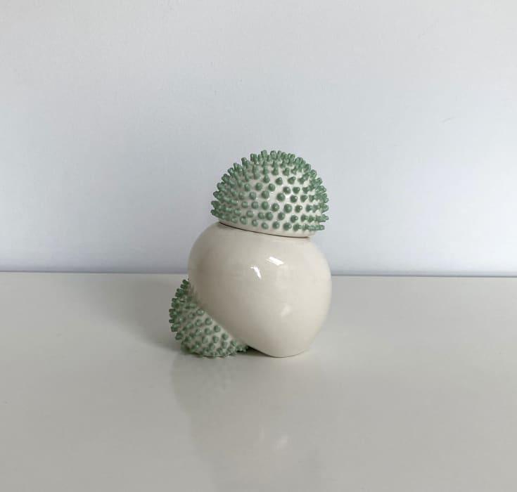 Ikuko Iwamoto, Sea urchin container - green, 2021