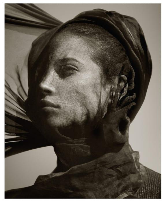 Albert Watson, Christy Turlington, Luxor, 1987