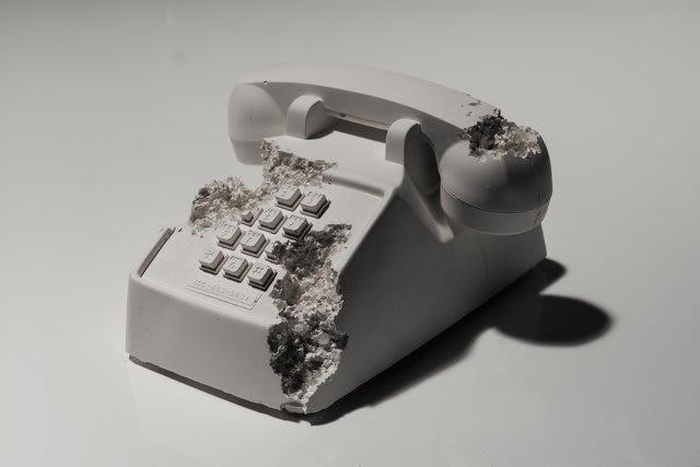 Daniel Arsham, Future Relic 05 (Telephone), 2016