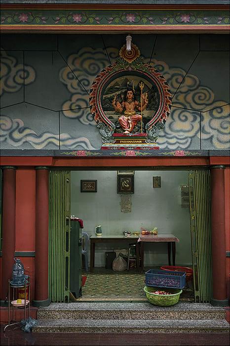 Garie Waltzer, HCMC/Mariamman Temple, 2017/2021