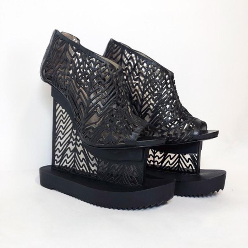 Iris van Herpen, Seijaku Shoes , 2016