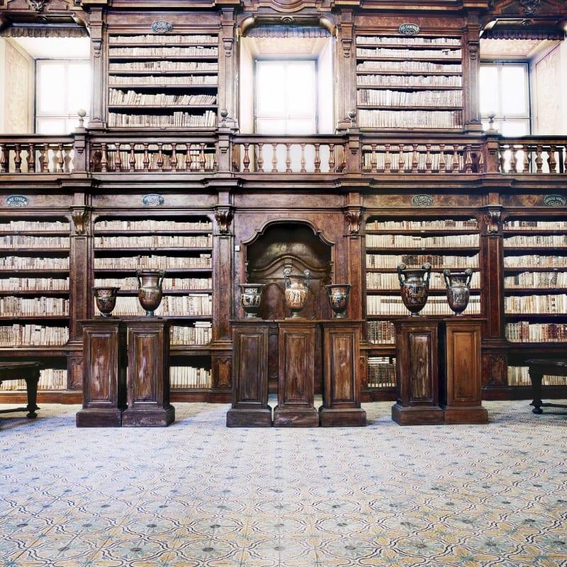Candida Höfer, Biblioteca dei Girolamini Napoli IV 2009