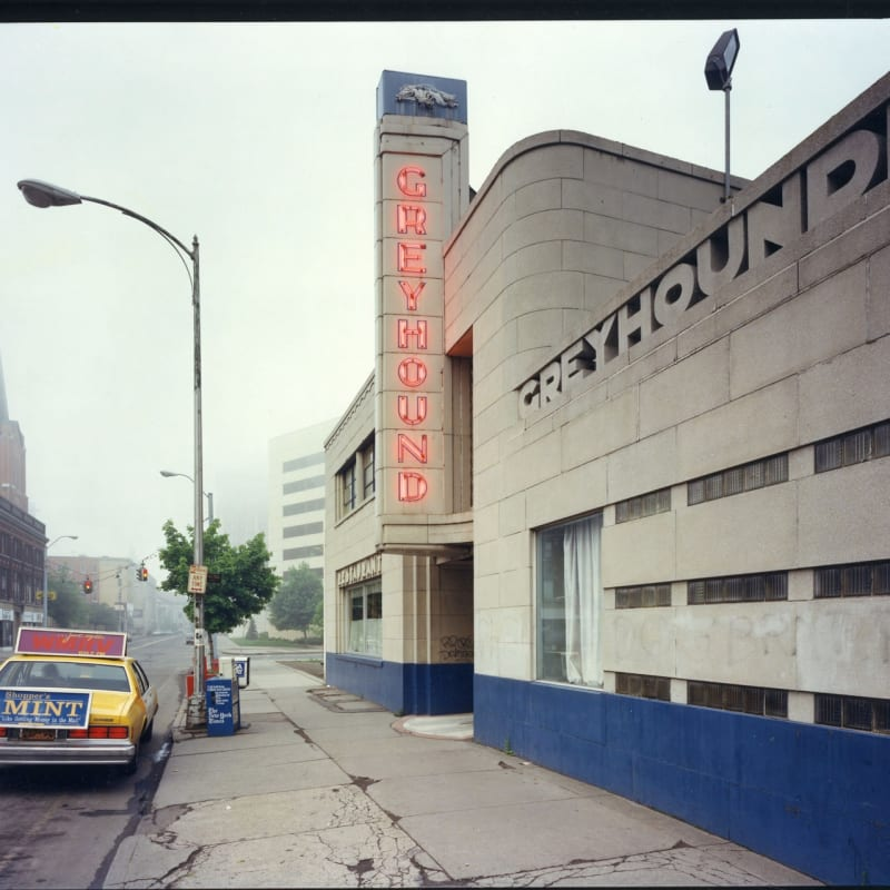 Bruce Wrighton Greyhound Bus Station, Binghamton, NY Tirage C-print d'époque 20 x 25 cm Dim. papier: 20 x 25 cm