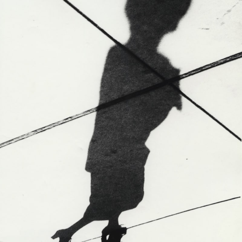 Marvin E. Newman Woman in High Heels, Shadow Series, Chicago Tirage gélatino-argentique 20 x 14,5 cm Dim. papier: 25,5 x 20 cm