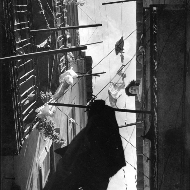Sabine Weiss Portugal Tirage gélatino-argentique d'époque réalisé par l'artiste 22,5 x 28 cm Dim. papier: 22,5 x 28 cm