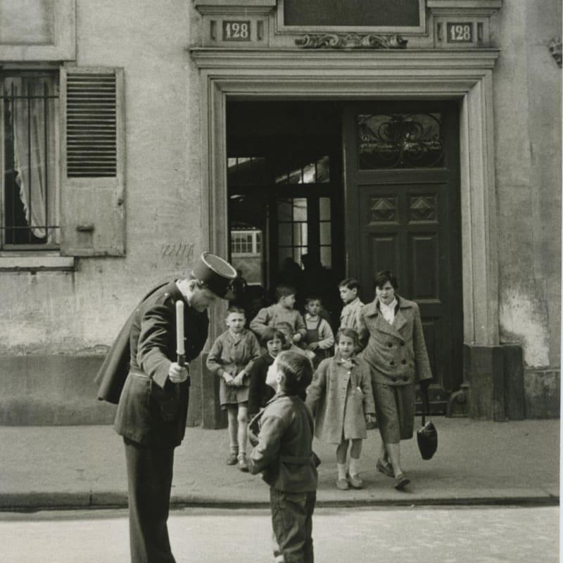 Sabine Weiss Claude Picasso, Paris Tirage gélatino-argentique d'époque réalisé par l'artiste 20 x 25 cm Dim. papier: 20 x 25 cm