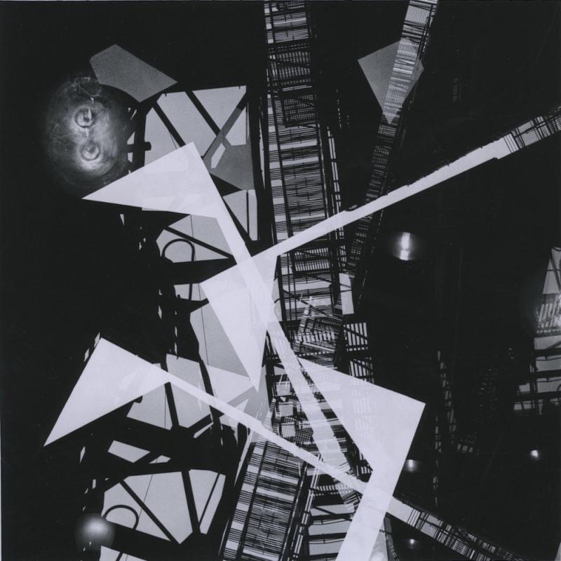 Ray K. Metzker Chicago - Loop Tirage gélatino-argentique d'époque, réalisé par l'artiste 18 x 18 cm Dim. papier: 20,3 x 25,4 cm