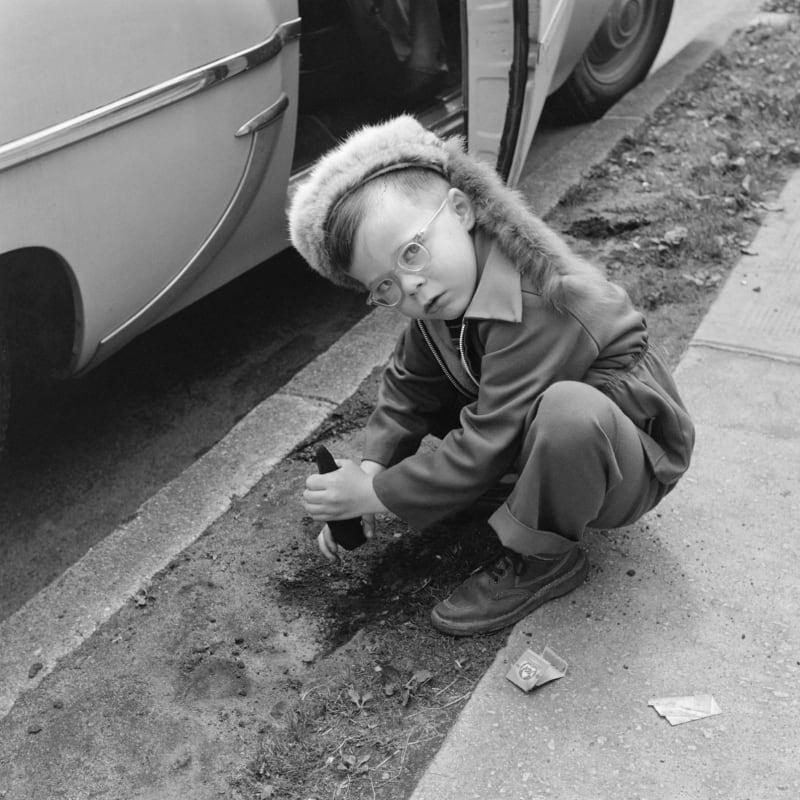Vivian Maier Vancouver, Canada Tirage gélatino-argentique, posthume 30 x 30 cm Dim. papier: 40 x 50 cm