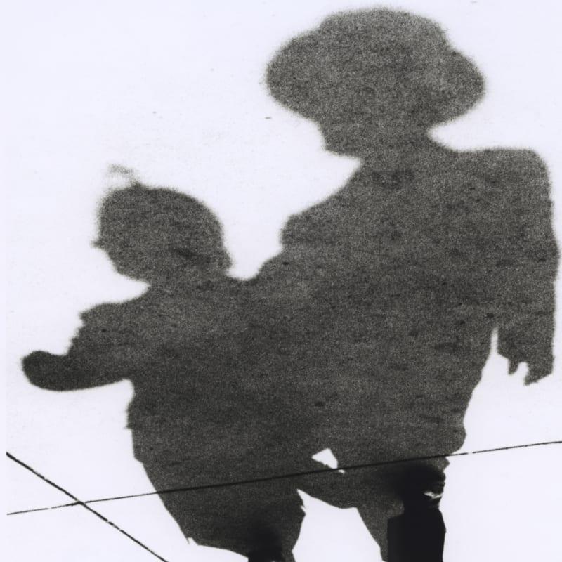 Marvin E. Newman Couple, Shadow Series Tirage gélatino-argentique postérieur 20 x 25 cm
