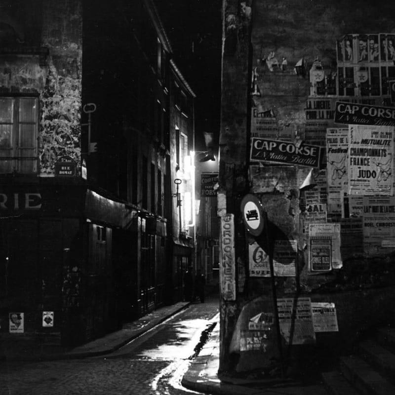 Sabine Weiss Paris Tirage gélatino-argentique d'époque réalisé par l'artiste 23 x 29,5 cm Dim. papier: 23 x 29,5 cm