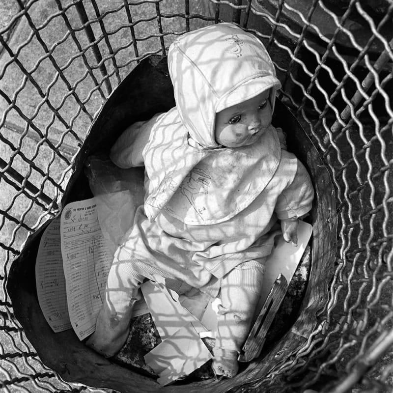 Vivian Maier New York, NY Tirage gélatino-argentique, posthume 30 x 30 cm Dim. papier: 40 x 50 cm