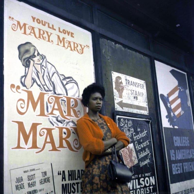 Vivian Maier Chicago, IL Tirage chromogène, posthume 30 x 30 cm Dim. papier: 40 x 50 cm