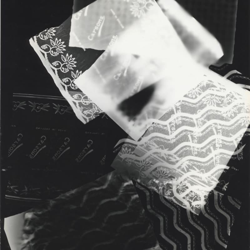 Raoul Hausmann Papiers à gâteaux, Limoges Rayogramme, tirage gélatino-argentique d'époque 18 x 24 cm Dim. papier: 18 x 24 cm