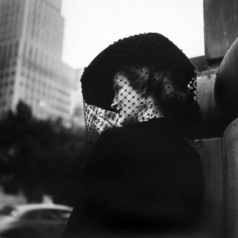 Vivian Maier Untitled Tirage gélatino-argentique, posthume 30 x 30 cm Dim. papier: 40 x 50 cm