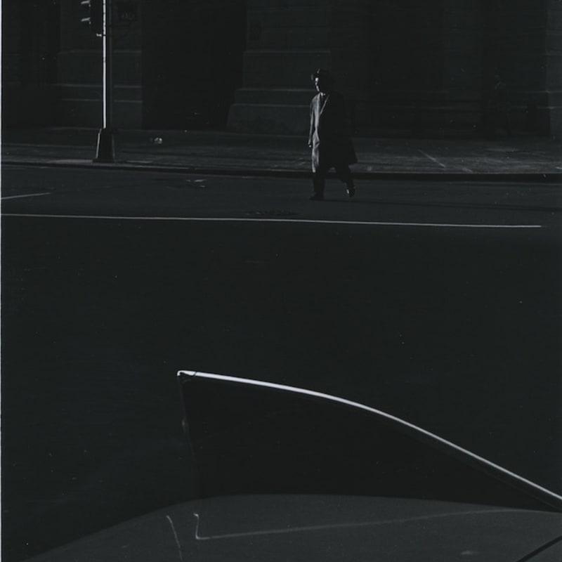 Ray K. Metzker City Square, Early Philadelphia Tirage gélatino-argentique postérieur, réalisé par l'artiste 14,9 x 22,6 cm Dim. papier: 20,2 x 25,4 cm