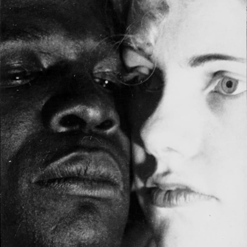 Erwin Blumenfeld Black and White Tirage gélatino-argentique d'époque, réalisé par l'artiste 30 x 24 cm Dim. papier: 30 x 24 cm