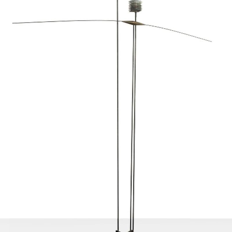 Vassilakis Takis Signal sculpture en métal - trois tiges de fer surmontées d'ornements 210 x 220 x 30 cm 17 3/4 by 26 in.