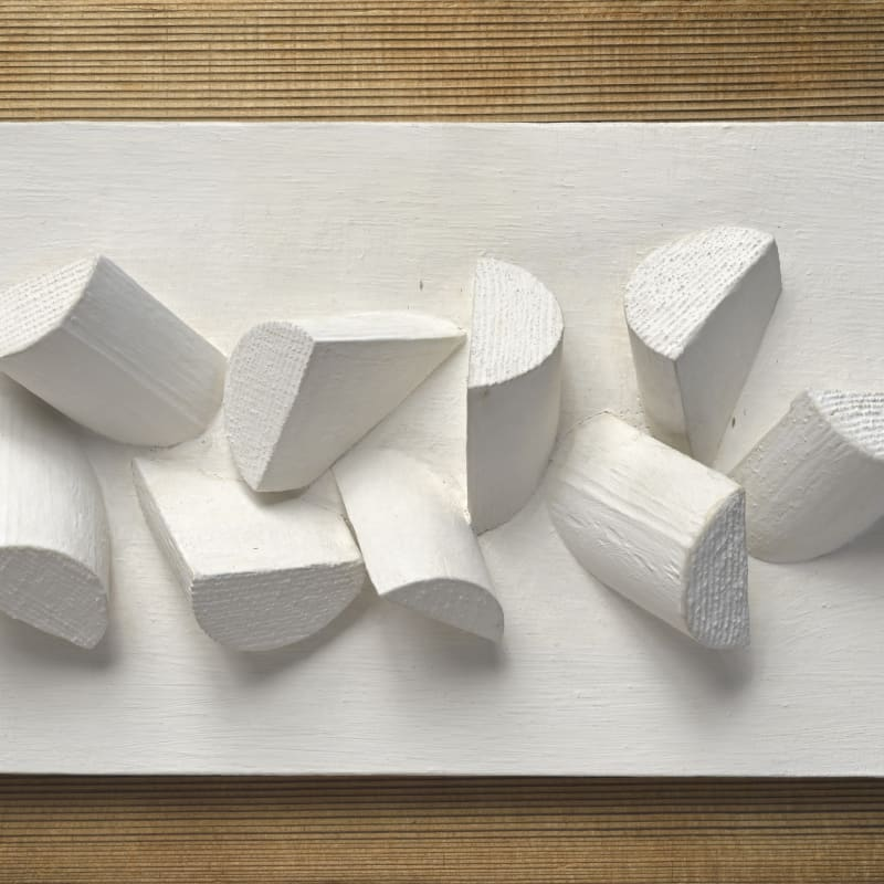 Sergio Camargo Relief No. 150 relief en bois peint 27 x 19 cm (disponible) 10 3/4 x 7.5 inches (available)