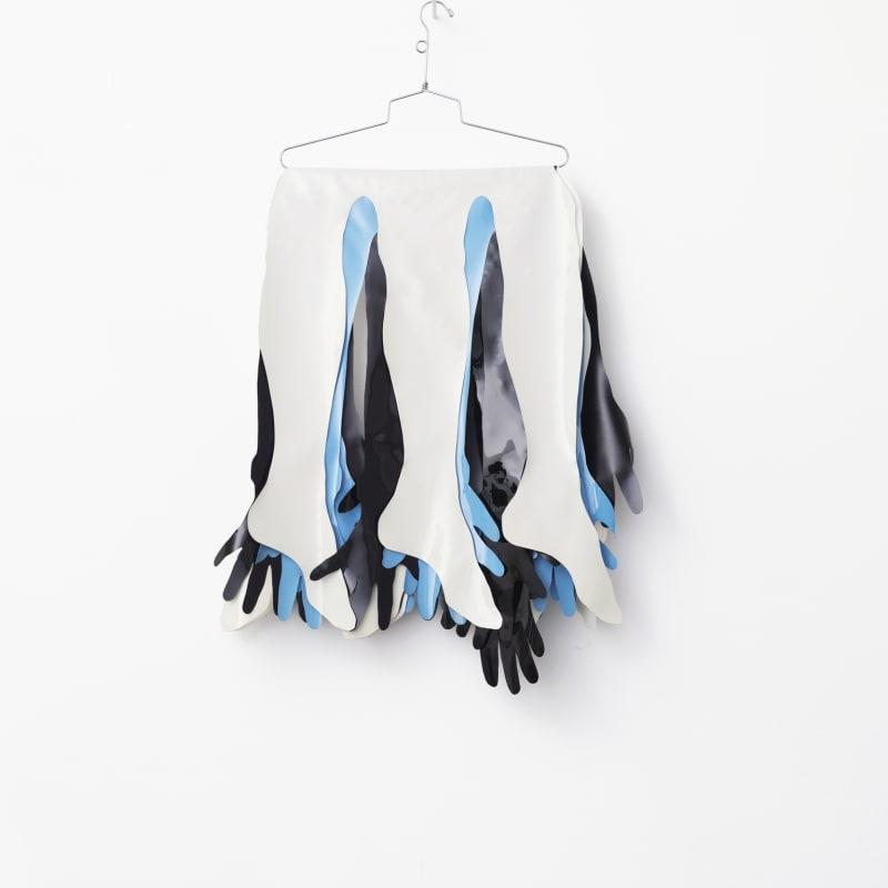 Kiki Kogelnik Mono Matériaux divers avec pièces en vinyls et portant 90 x 45 x 4 cm 37 3.4 x 26 x 1 1/2 inches
