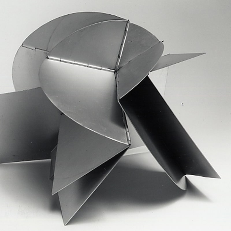"Lygia Clark Bicho ""Pancubismo"" aluminium 30 x 30 x 40 cm dimensions variables (disponible) (available)"