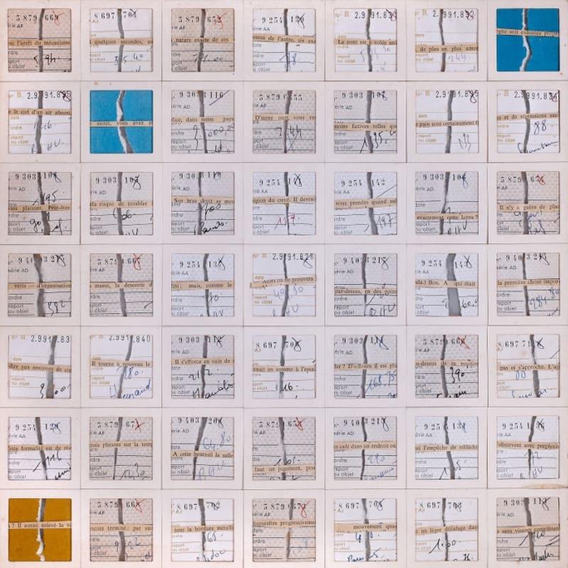 Gil Joseph Wolman L'arrêt du mécanisme assemblage de talons de chèque séparés en deux, liés par des extraits de phrase tirés d'un journal, positionnés dans une poschette de diapositives 35 x 35 cm (archives) (archives)