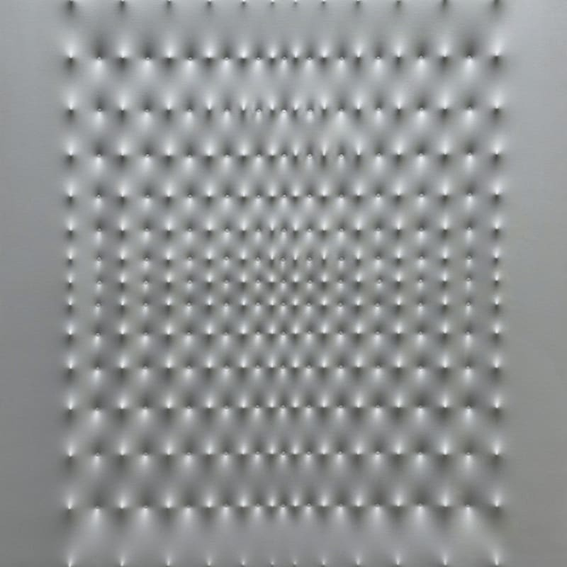 Enrico Castellani Superficie argento peinture métallique sur toile 130 x 100 cm 51 1/8 x 39 3/8 in