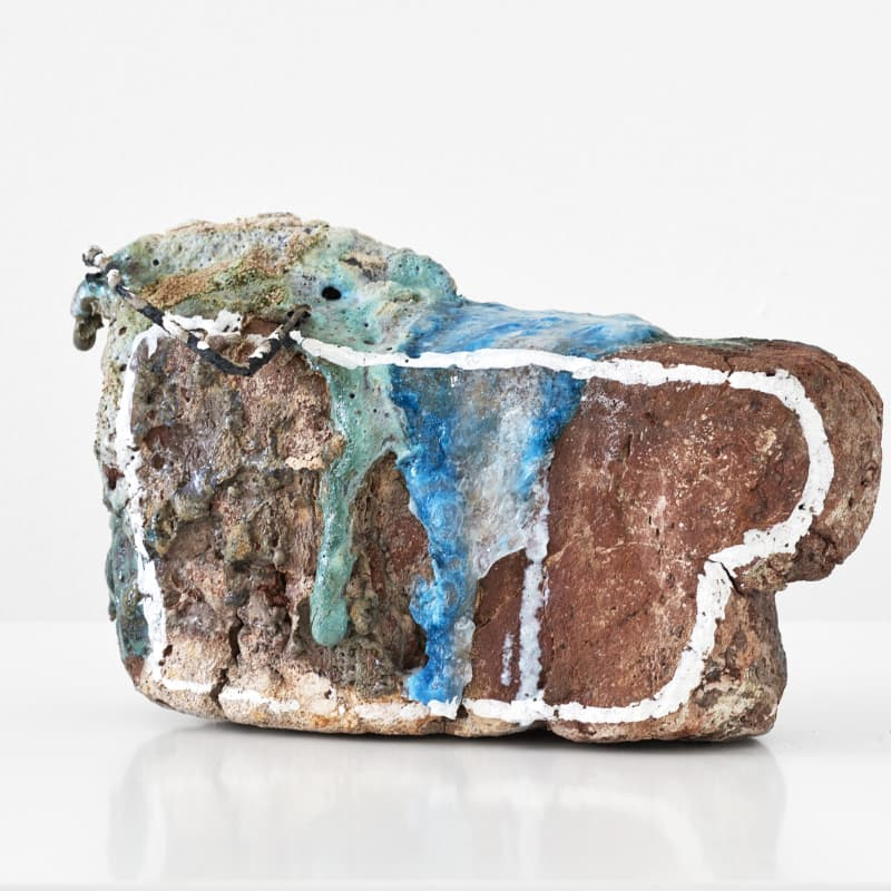 Emily Hesse Where I Left You (The Ghosts in the Room), 2016 Found local brick, ceramic copper glaze with glass, sand, found metal and liquid chalk marked outline 15 x 25.5 x 14 cm Courtesy of the artist and Workplace Foundation