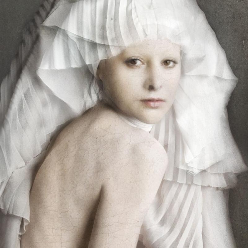 Isabelle van Zeijl, Youth, 2016