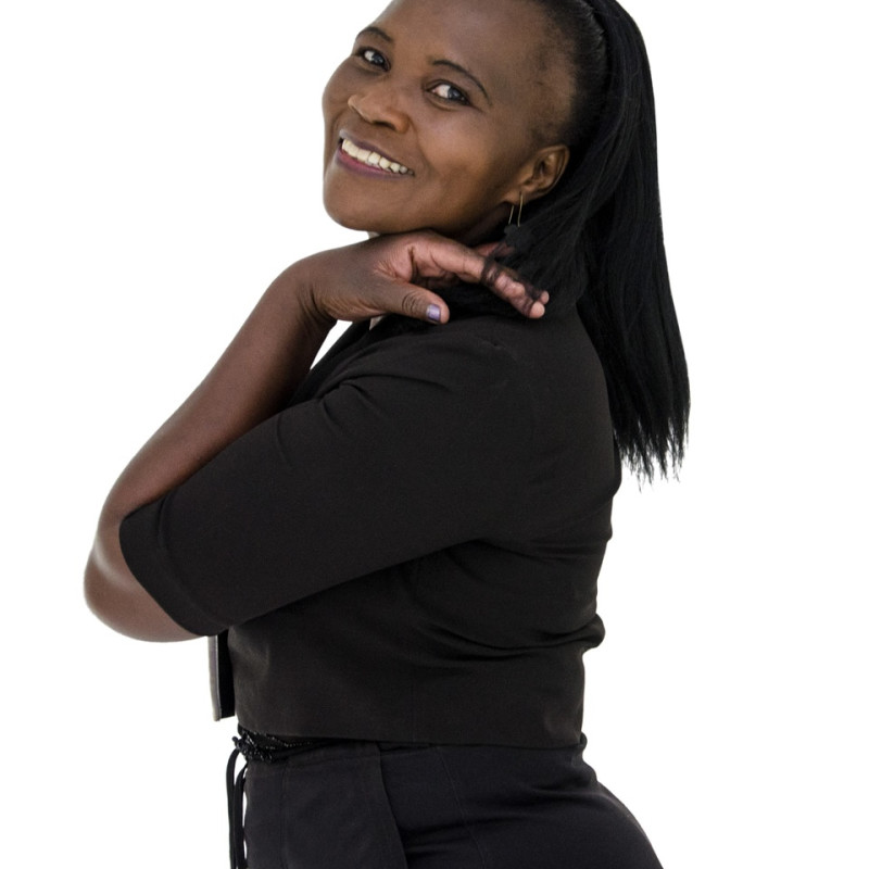 Linda Busi Mthombeni