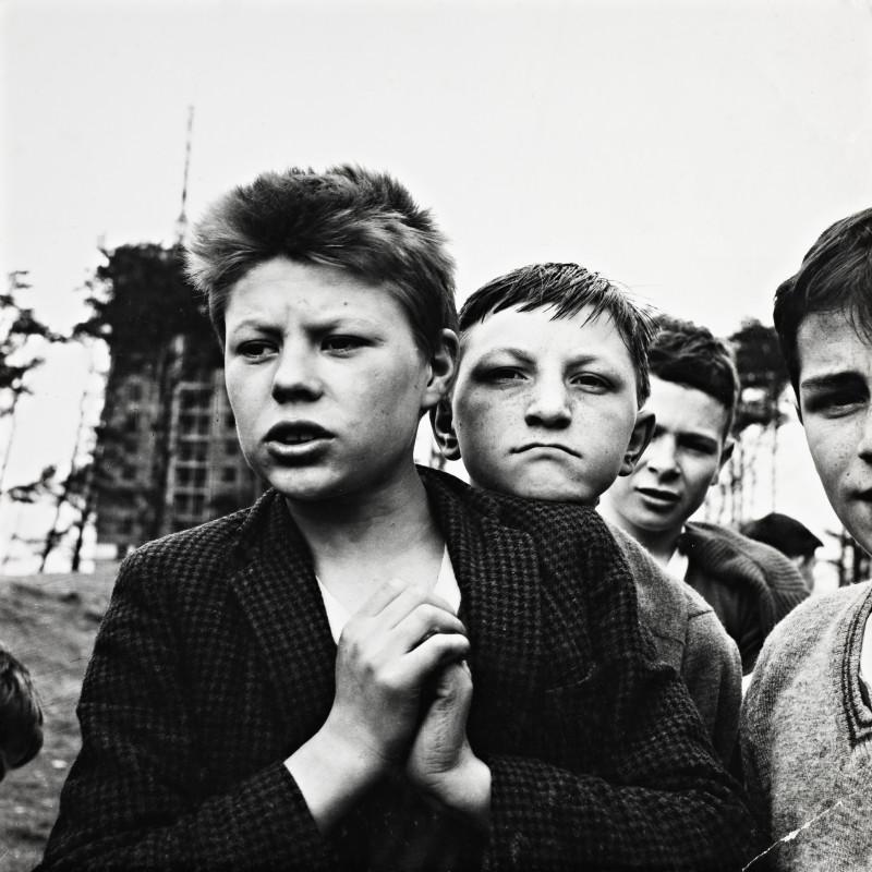 Oscar Marzaroli 1933-1988. Castlemilk Lads, 1963. Original vintage print, 28.5 x 28.5 cm