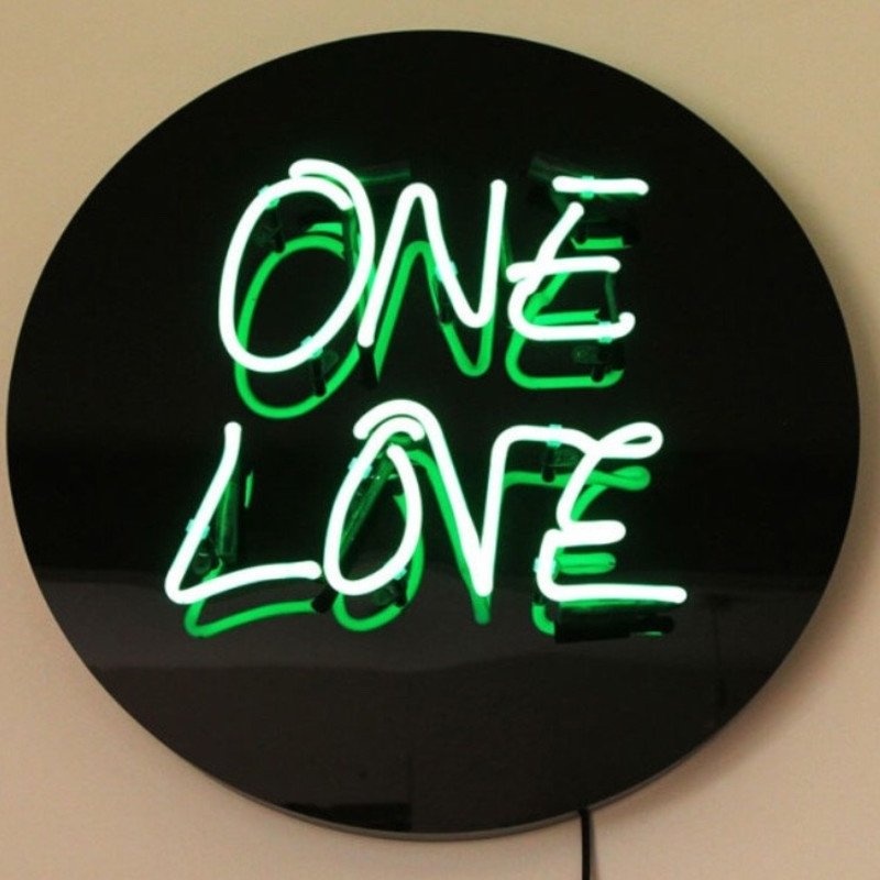 Zoe Grace: ONE LOVE