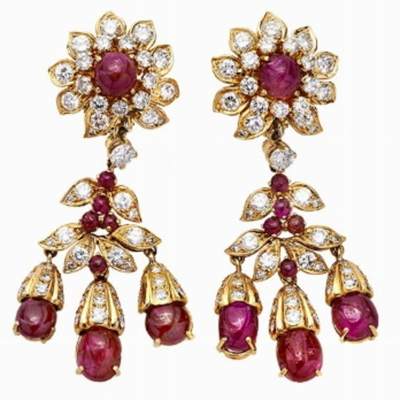 PAIR OF EARRINGS, TIFFANY & CO, NEW YORK, FIFTIES MATERIAL: yellow gold, diamonds and rubies DESCRIPTION: each pair of earrings...