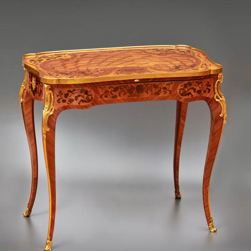 Pierre II Migeon - A Louis XV table à ecrire by Pierre II Migeon, Paris, date circa 1755