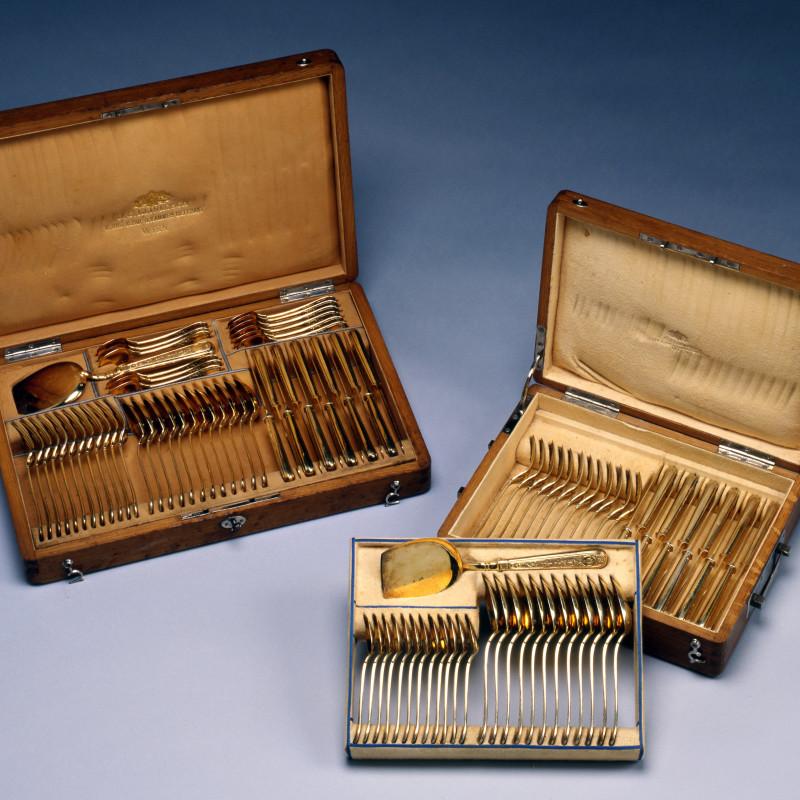 J. C. Klinkosch - A silver gilt Cutlery service by J. C. Klinkosch, Vienna, date circa 1870