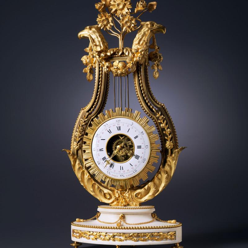 Jean Léonard Roque - A Louis XVI lyre clock by Jean Léonard Roque, Paris, date circa 1785