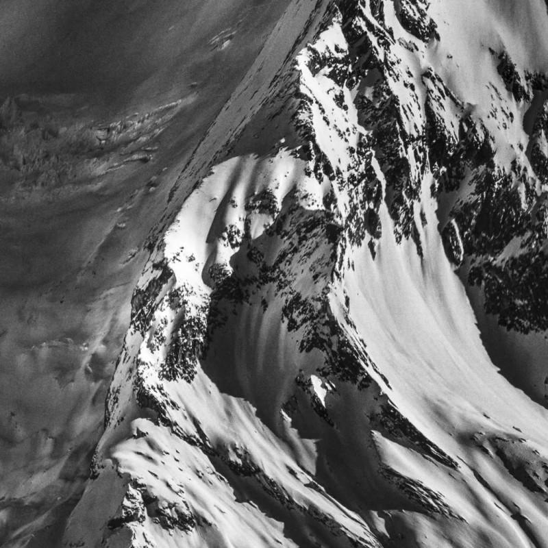《群峰》局部,摄影及综合艺术手段  Peaks (part) , photography, Mixed media