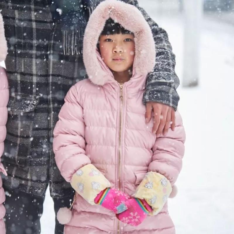 新年里的第一场雪,2017年1月 尺寸可变 © 杨中天