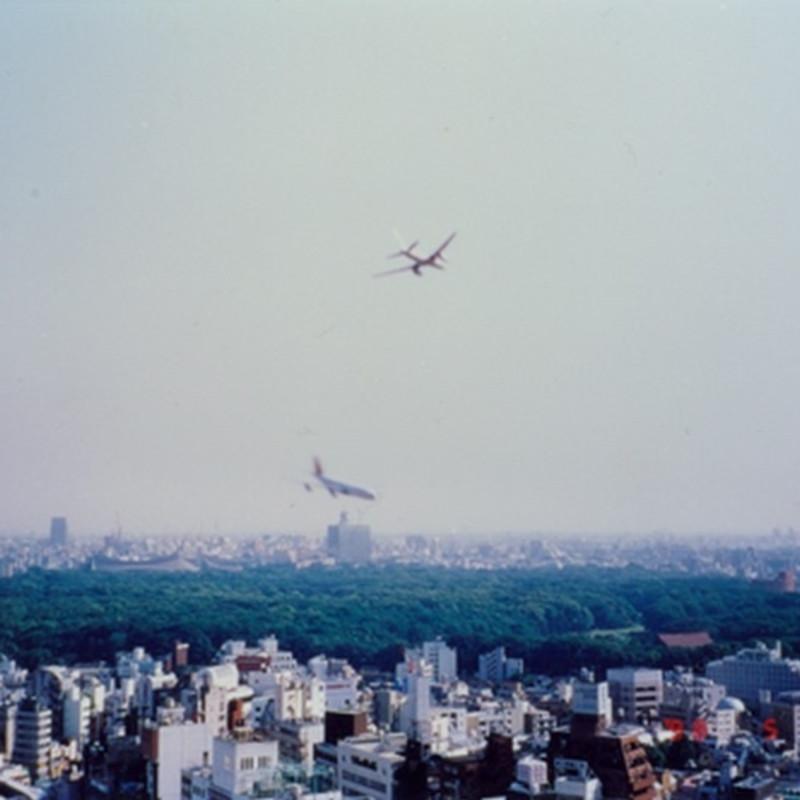 郑国谷《东京上空的故事》1998