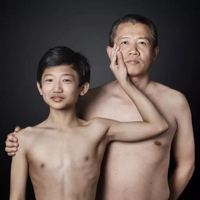 冬斌 和知衡 Dong Bin et Zhi Heng,《父与子》Père et fils,中国 Chine,2016