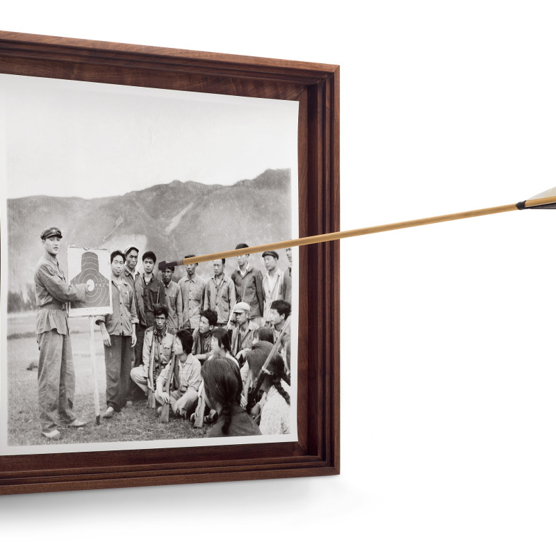 蔡东东 Cai Dongdong, 脱靶 Off the Target,2016 ,明胶卤化银 Gelatin Silver Print 54×54×80cm